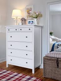schlafzimmer len ikea die besten 25 kommoden dekorieren ideen auf grau