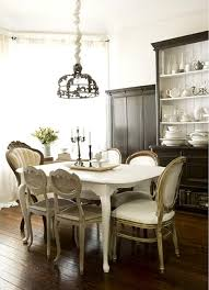 25 ideas for classic dining room decorating with vintage furniture