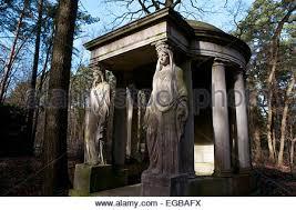 Angel Sculptures Stone Angel Sculptures On Grand Tomb Stahnsdorf Cemetery Near