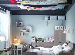 chambre de deco chambre de fille déco chambre fillette et mauve