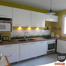 meuble cuisine original idée relooking cuisine cuisine design blanche et bois nature et