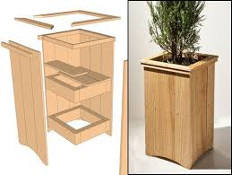 Building A Wood Desktop by Best 25 Wood Planter Box Ideas On Pinterest Diy Planter Box