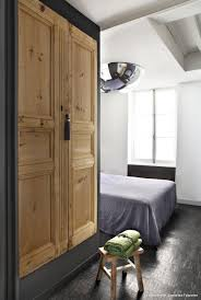 porte dressing sur mesure fabriquer une armoire avec des portes anciennes en bois vrai