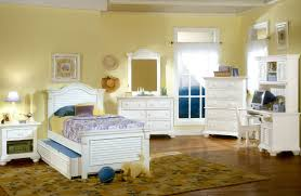 American Woodcrafter Traditions White Youth Panel Bedroom Set