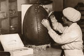 hollow chocolate egg mold who started the chocolate egg howstuffworks
