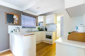 stroll to the beach and shops holiday house tootgarook mornington