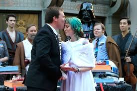 what to get a star wars fan star wars fans get married in the force awakens queue with darth