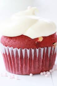 epicurean mom red velvet cupcakes with white chocolate chips
