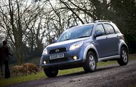 daihatsu terios daihatsu terios estate 2006 2010 driving u0026 performance parkers