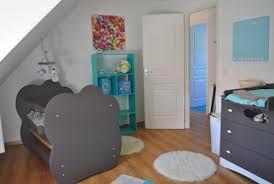 chambre bleu turquoise et taupe maison design bahbe com