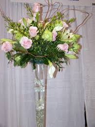 Round Flower Vases Breathtaking Table Centerpiece Decoration Using Light Pink And