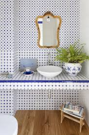 40 idee di bagno in blu e bianco powder blue tiles and bathroom