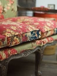 sofa franzã sisch beautiful vintage floral patterns and colors on this boho shabby