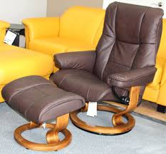 Leather Reclining Chairs Ottoman Recliner Chair And Ottoman By Ruby Medium Signature