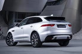 New Jaguar F Pace 25t 2 0 Litre Turbo Petrol Review Pics 2018 Jaguar F Pace New Car Review Autotrader