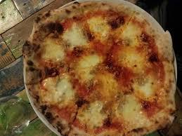 terme de cuisine pizza con mozzarella pomodoro nduja e tonno picture of mata hari