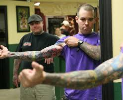 tattoo artist brings laughter to pain inducing business midland