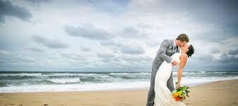 photographers in virginia virginia wedding photographers sandbridge wedding