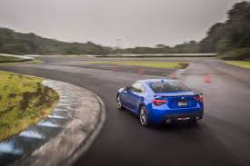subaru brz tuner first drive 2017 subaru brz automobile magazine