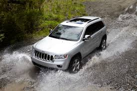 2011 jeep grand cherokee tires review 2011 jeep grand cherokee take two the truth about cars