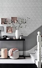 wohnzimmer ideen wandgestaltung regal tapeten ideen für eine ausgefallene wandgestaltung
