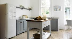 park kitchen nottingham by devol kitchens shaker cabinets smeg