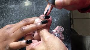 how to paint acrylic nails perfectly by male nail technician 1
