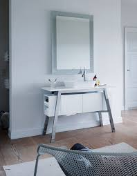 duravit baderumsmøbel cape cod er renhed og minimalisme til det