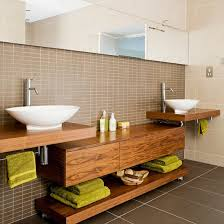 holz in badezimmer modernes bad 70 coole badezimmer ideen