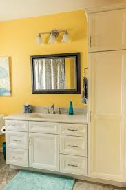 kitchen cabinets toledo ohio 58 best baths images on pinterest baths showroom and cherry