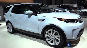 blue land rover discovery 2017 2017 land rover discovery hse exterior and interior walkaround