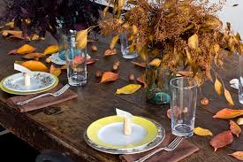 table decoration for thanksgiving thanksgiving table decoration with leaves quecasita