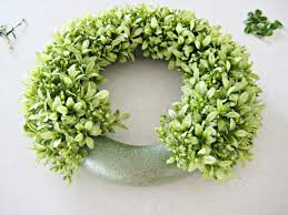 artificial boxwood wreath exterior design fascinating boxwood wreath for door decorating
