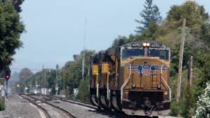 union pacific 8722 leads the light power move in mountain view ca