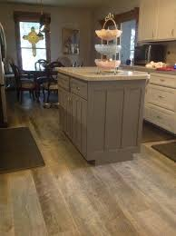 Lowes Kitchen Flooring by Tile Flooring That Looks Like Wood Cleaning Tile U0026 Stone
