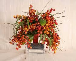 Fall Arrangements For Tables 25 Fall Flower Arrangements Enhancing The Spirit Of Thanksgiving