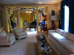 graceland elvis presley u0027s graceland mansion has plenty of paisley and a few