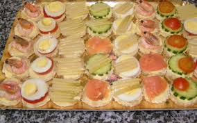id e petit canap ap ro canape saumon canap au tartare de saumon recettes de cuisine su