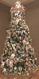 gold christmas tree best 25 gold christmas decorations ideas on pink