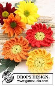 Free Pattern For Crochet Flower - crocheted gerbera daisy pattern lots of free knit and crochet