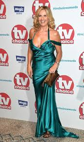 braless penny lancaster stuns at tv choice awards daily mail online