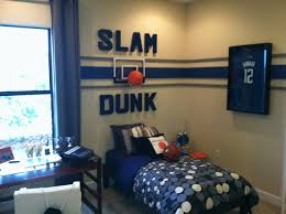kids themed bedrooms get the spirit with sports themed bedrooms for boys kids bedroom