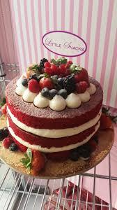 Halloween Red Velvet Cake by Red Velvet With Fruits And Vanilla Cream Red Velvet Cake