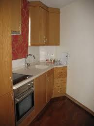 necessaire de cuisine coin cuisine plaque vitro frigo congel lave linge four etc