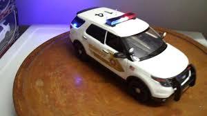 San Bernardino Sheriff Ford Explorer Suv 1 18 Scale Diecast Car