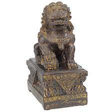 lion dog statue guardian lion foo dog statues ny13668012 design toscano
