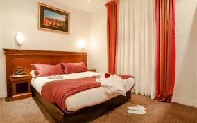 dans la chambre d hotel chambre d hôtel montparnasse 14 arrondissement hotel agenor