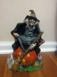 vintage 72 byron ceramic mold painted witch sitting