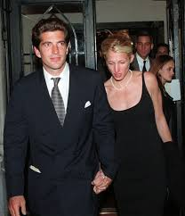 carolyn bessette kennedy voxsartoria u2014 the mid 90s db john f kennedy jr with carolyn
