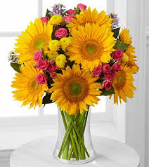 sunflower bouquets dazzling days sunflower bouquet royal fleur florist larkspur
